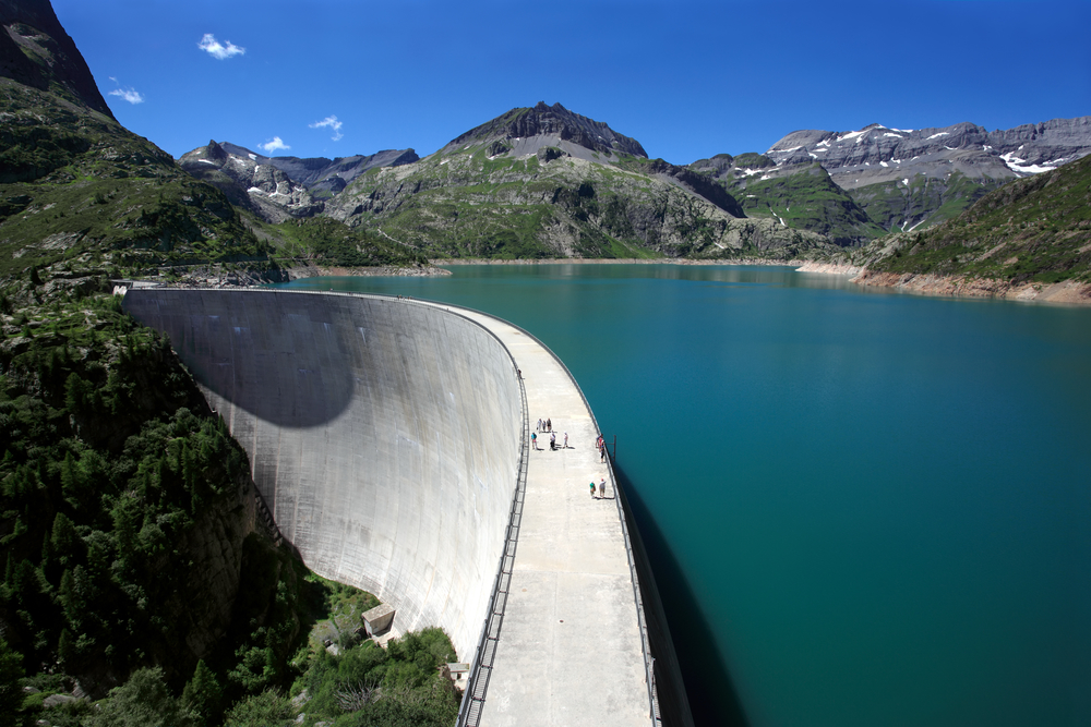 7 Different Kinds of Dams & Their Uses