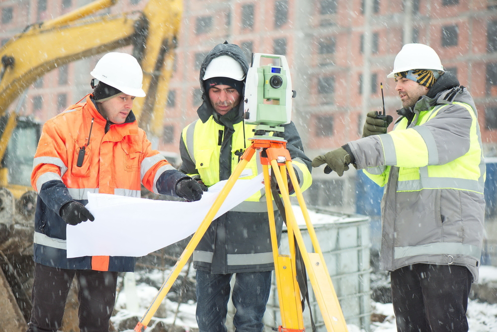 Construction in Cold Weather: How to Avoid Frostbite
