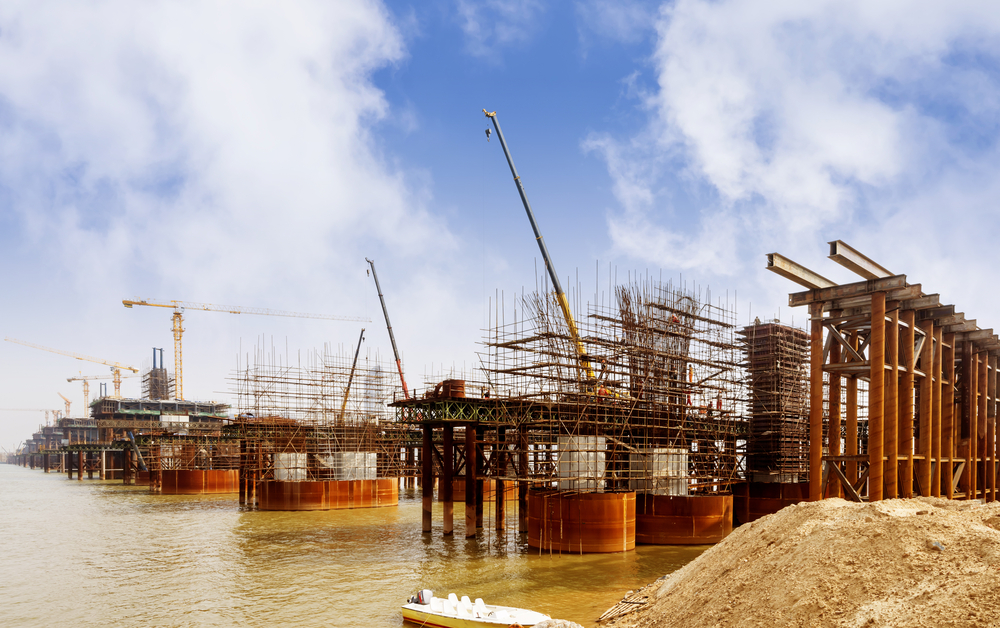 Caisson vs. Cofferdam: What's the Difference?