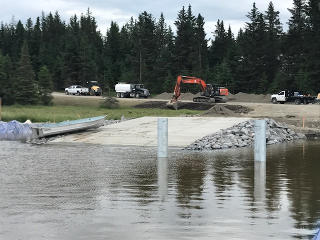 Choosing the Aqua Barrier for Summer Boat Ramp Construction Projects